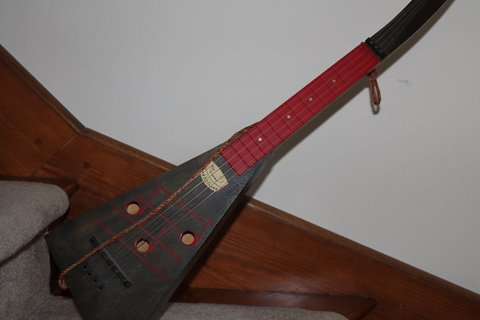 Red and Black Swagerty Treholipee - Check out that Fretboard!
